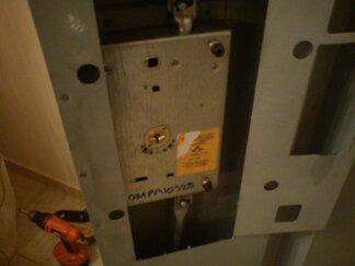 Μετατροπή σε θωρακισμένη πόρτα και τοποθέτηση κλειδαριάς OMEGA για κορυφαία ασφάλεια