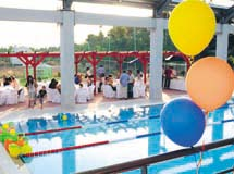 Διοργανώστε τις κοινωνικές σας εκδηλώσεις, γάμοι, βαπτίσεις στον ξεχωριστό χώρο γύρω από τις πισίνες του Aqua Life.