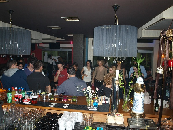 cafe bar στο Κορωπί