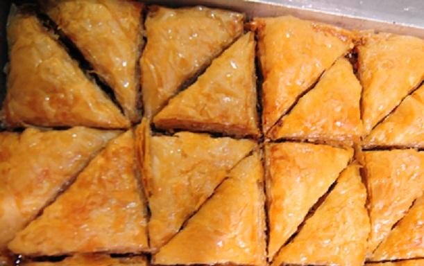 Γλυκά σιροπιαστά ταψιού μπακλαβάς, κανταΐφι, γαλακτομπούρεκο,τουλουμπάκια ζαχαροπλαστείο συντριβάνι Νέα Φιλαδέλφεια