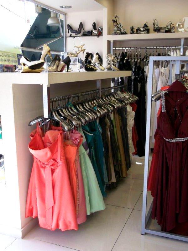 ... Ελάτε από το κατάστημά μας και μαζί θα βρούμε το φόρεμα και τα  παπούτσια που σας 5c5f97989fe