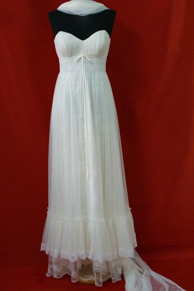 fc2ad8f38a72 Aloa Νυφικά βραδινά φορέματα σε Πάτρα - Φωτογραφίες
