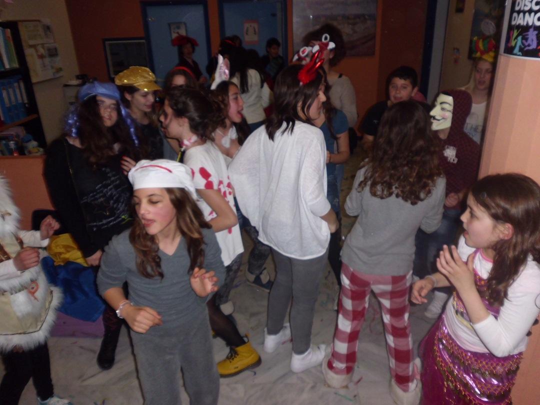 ΕΦΗΒΙΚΟ ΠΑΡΤΥ-TEENAGERS PARTY!!!!