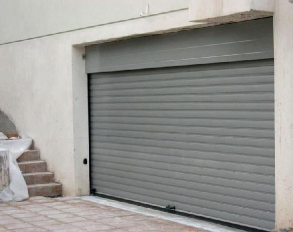 Ρολά Γκαραζόπορτες χονδρικη λιανικη στο Περιστέρι : Α. & Σ. Μενούνος Ρολό Γκαραζόπορτα, Βιομηχανικές Πόρτες, Δικτυωτά Ρολά, Συρόμενες – Ανοιγόμενες Πόρτες, Γκαραζόπορτες Οροφής, Ρολά Αλουμινίου, Μηχανισμοί Οροφής, Μπάρες Στάθμευσης, Αυτοματισμοί, Φωτοκύτταρα Ασφαλείας, Πτυσσόμενες Πόρτες.