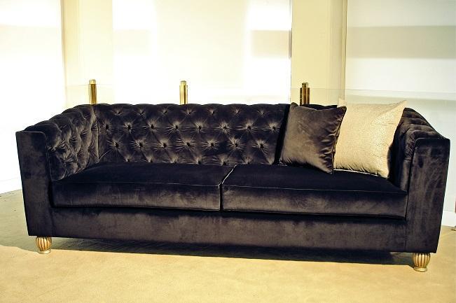 Τριθέσιος μαύρος καναπές κλασικός