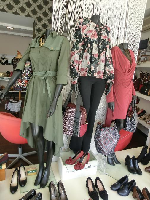 Ρούχα παπούτσια τσάντες Axel στα Μελίσσια Μαρούσι Πεντέλη ... 754b37bb031