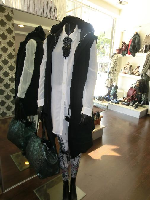 ... Ρούχα παπούτσια αξεσουάρ στα Μελίσσια - Βριλήσσια - Μαρούσι - Πεντέλη -  Β.Προάστεια ... 9c4b52f51af