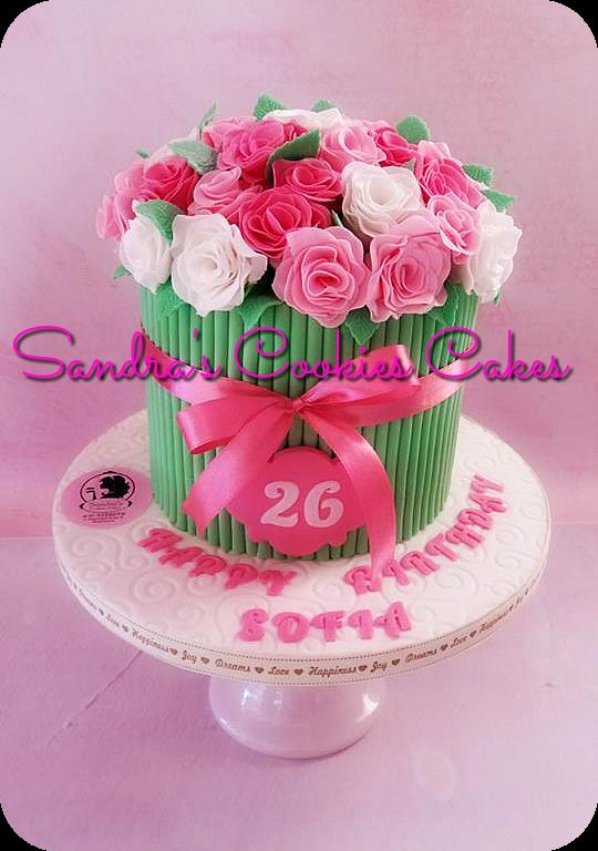 Bouquet rose cake Τούρτα ζαχαρόπαστα