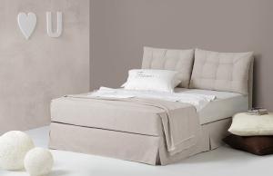 Κρεβάτια στα Μελίσσια LInea Strom στα Μελίσσια