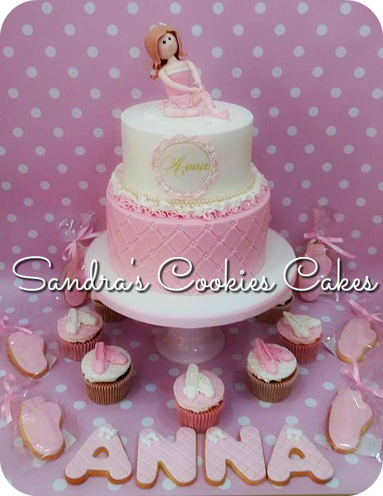 Ballerina cake   Τούρτα ζαχαρόπαστα