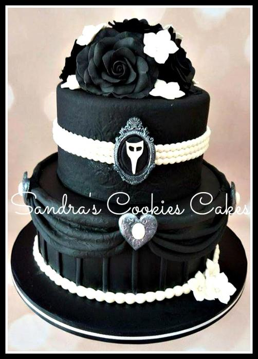 Black rose cake   Τούρτα ζαχαρόπαστα
