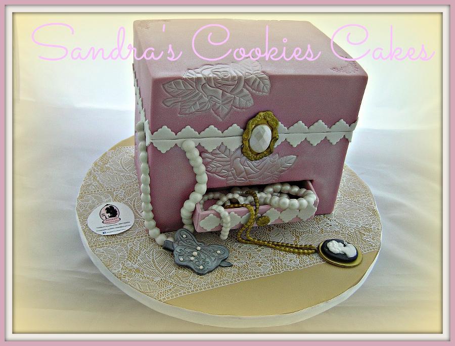 Jewellery box cake Τούρτα ζαχαρόπασστα