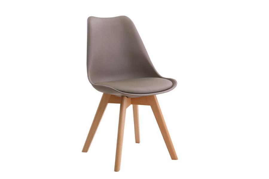 Καρέκλα με μαξιλάρι