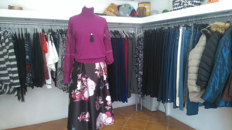 6b6b1c13c12c ... Γυναικεία ρούχα Βριλήσσια, Φούστα Ιταλική relish. κατάστημα γυναικείων  ρούχων Βριλήσσια ...