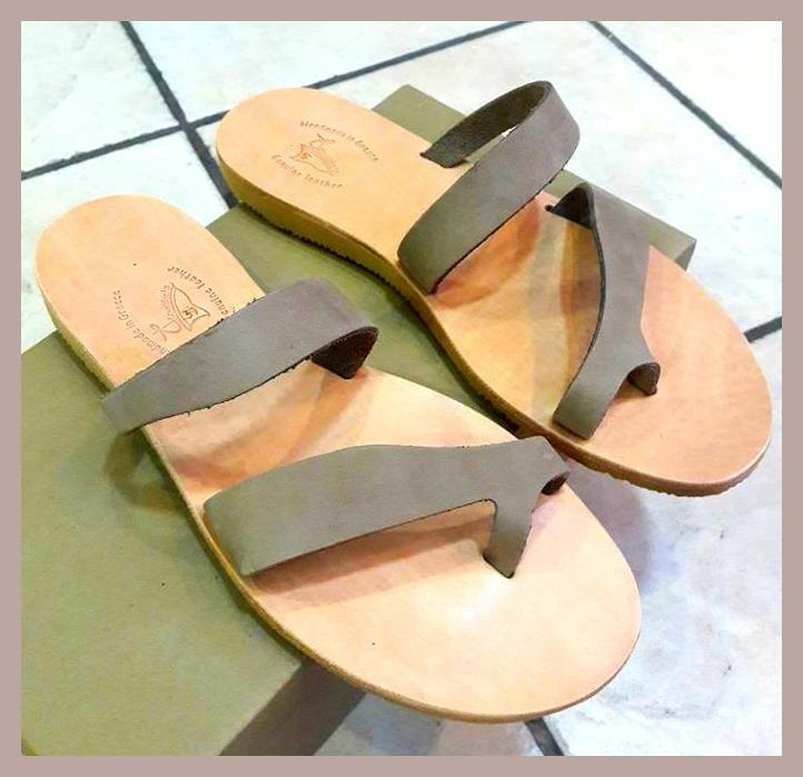 leather sandal /cigar color/ price 27,oo€ /Νούμερα 36-41