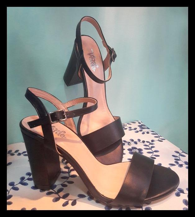 Black high heels /Summer 2018/ price 39,90€ / Νούμερα 36-41
