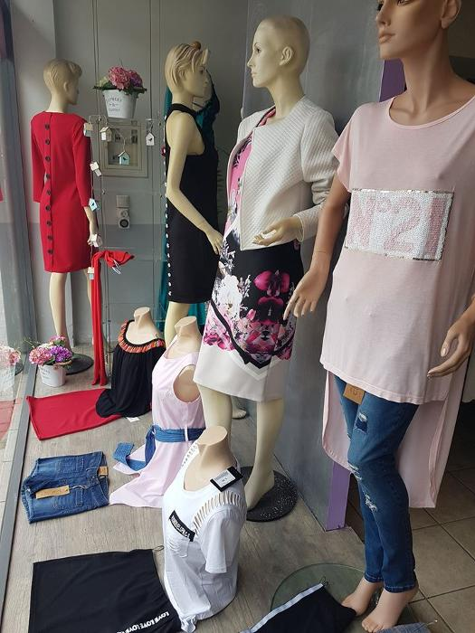 2ab32e197b45 ... Γυναικεία παντελόνια Κερατέα, Αμπιγιέ ρούχα Κερατέα, Βραδινά ρούχα  Κερατέα ...