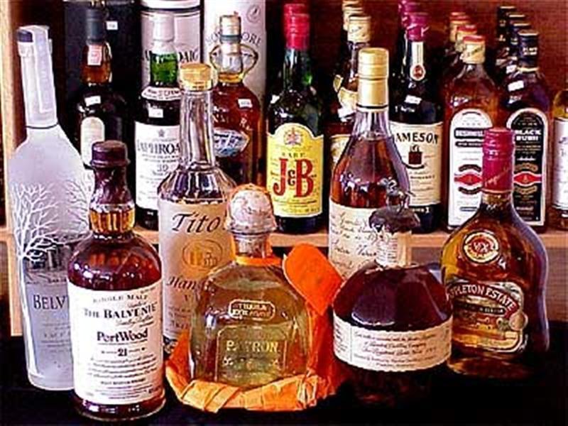 Κάβα ποτών Κερατέα, Κρασί Κερατέα, Δωροσυνθέσεις Κερατέα, Τσίπουρο Κερατέα, Καλάθια ποτών Κερατέα,  Πάγος Κερατέα
