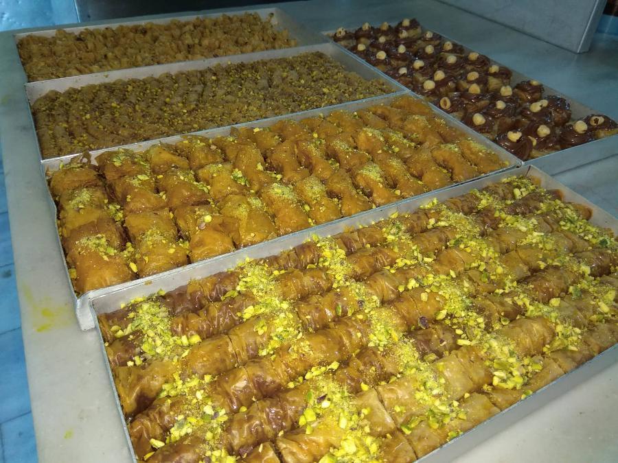 Σιροπιαστά Κερατέα, σιροπιαστά Μεσόγεια, γλυκά ταψιού Κερατέα, γλυκά ταψιού Μεσόγεια, τούρτες Κερατέα, γλυκά ταψιού Ανατολική Αττική