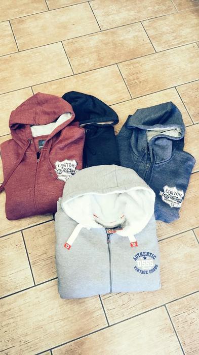 ... Ρούχα ανδρικά χειμωνιάτικα Αργυρούπολη · Ανδρικές μπλούζες 04023cb1b71