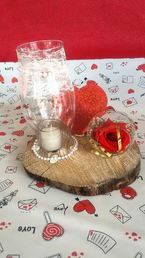 Ρομαντικος συνδυασμος με αθανατο τριανταφυλλο -αιωνια αγαπη..!!!