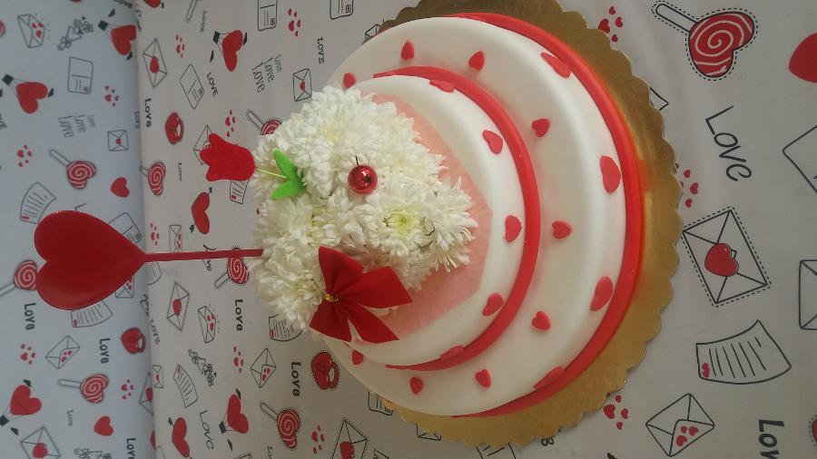 Λουλουδοτουρτα ...τρωγεται μονο με τα ματια..