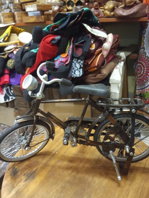 Ποδήλατο μεταλλικό ακριβές αντίγραφο 15ευρω