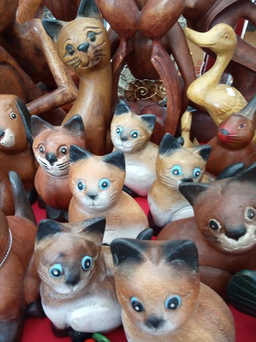 Ξύλινες γάτες χειροποίητες 5 ευρω