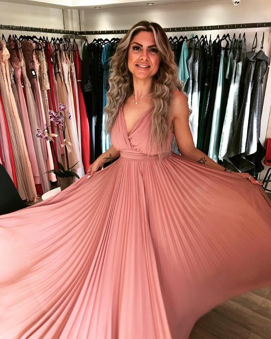Γυναικεία ρούχα Αργυρούπολη, Φορέματα - γυναικεία αξεσουάρ Νότια Προάστια