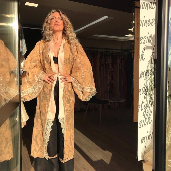 Γυναικεία ρούχα Ηλιούπολη. Γυναικεία ρούχα Αργυρούπολη, Γυναικεία αξεσουάρ Αργυρούπολη