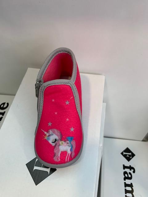 Παιδικές παντόφλες με μονόκερο Κορυδαλλός