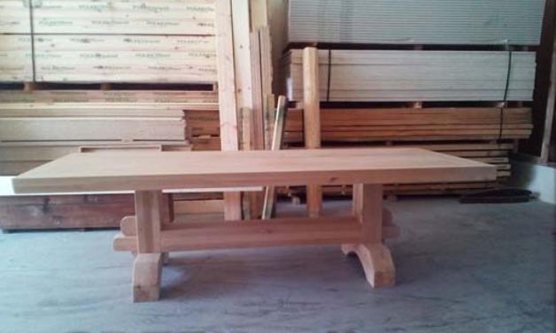 Διάφορα είδη ξυλείας που χρειάζονται στην καθημερινότητα και τώρα μπορείτε εύκολα να βρείτε σε μας : πηχάκια σε διάφορες διαστάσεις, τάβλες κρεβατιού, αρμοκάλυπτρα, πρεβάζια, σοβαντεπιά. Ακόμη περισσότερα στο κατάστημά μας στην ΑΝΟΙΞΗ Άγιος Στέφανος.