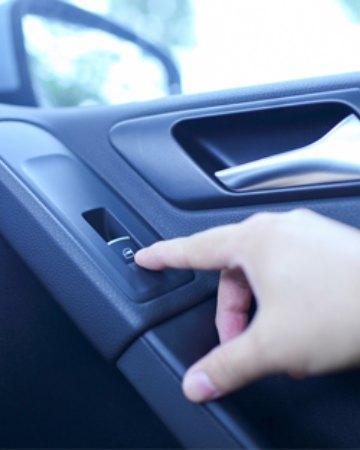 Αλλαγή γρύλλων παραθύρου αυτοκινήτων Μελίσσια